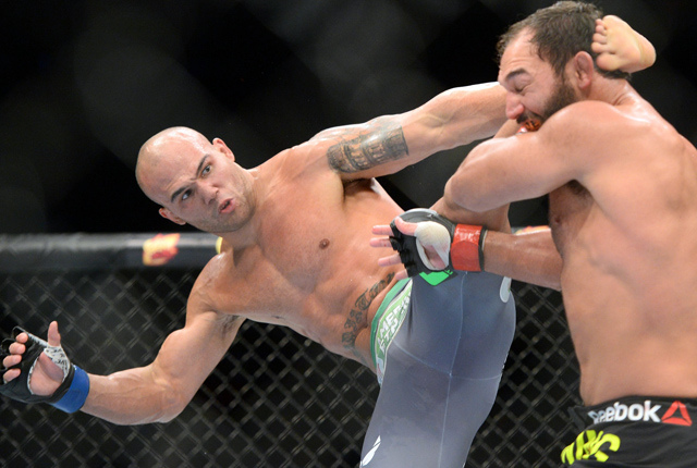 "Robbie Lawler won the welterweight title from Johnny Hendricks via split decision largely due to this ""Ruthless"" late rally."