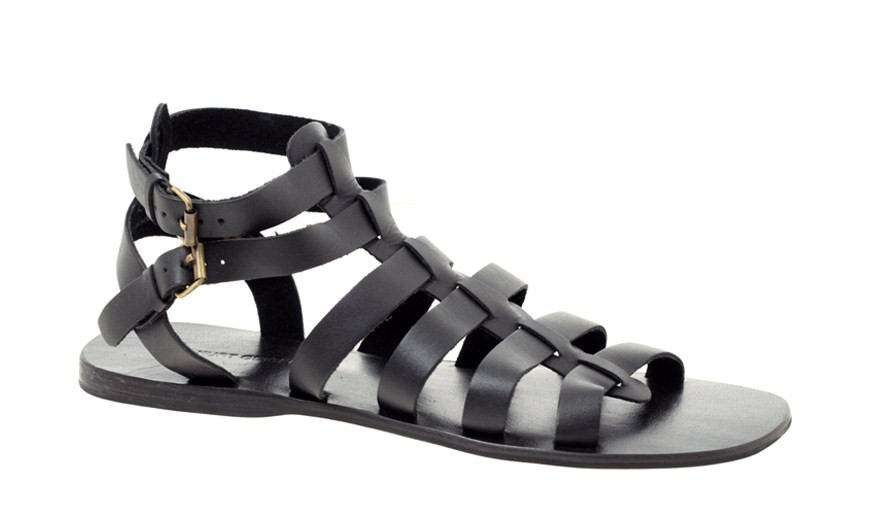 This is an actual men's sandals. Seriously. Are you kidding me? Liberace would call these faggy.
